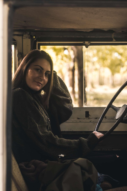 Mujer que sepa conducir para hacer de doble en Madrid